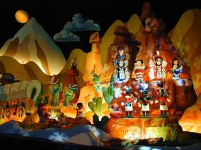 News : L'attraction «It's a Small World» arrive au cinéma