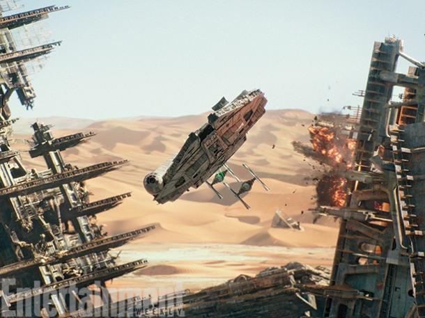 star-wars-the-force-awakens-millennium-falcon-image